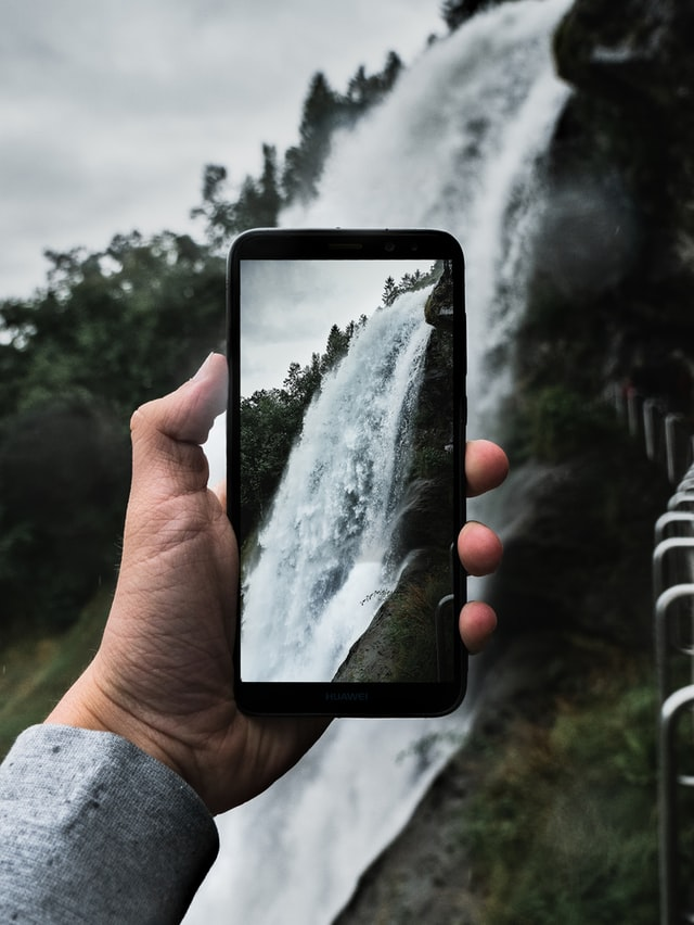 Penser à la composition pour faire  de belles photos de voyage avec son smartphone